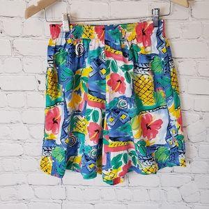 Flowy Vintage Iolani colorful Hawaiian shorts